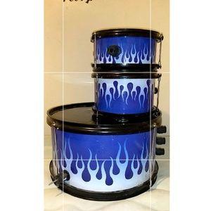 A blue drum set